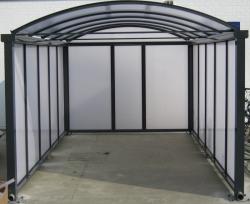 carport met muren polycarbonaat